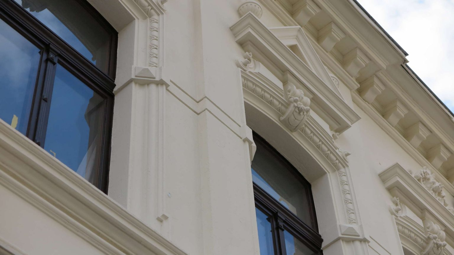 Architekt Koeln Denkmalschutz Stuckfassade