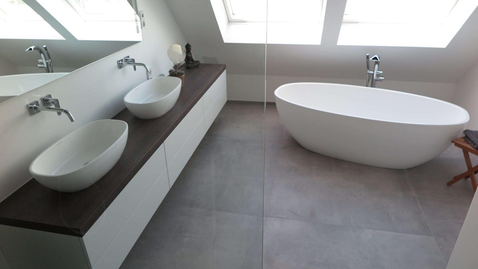 Architekt Koeln Wohnungbau Badewanne