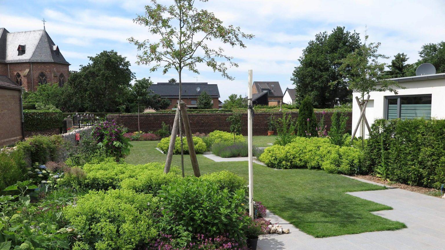 Architekt Koeln Wohnungsbau Gartengestaltung