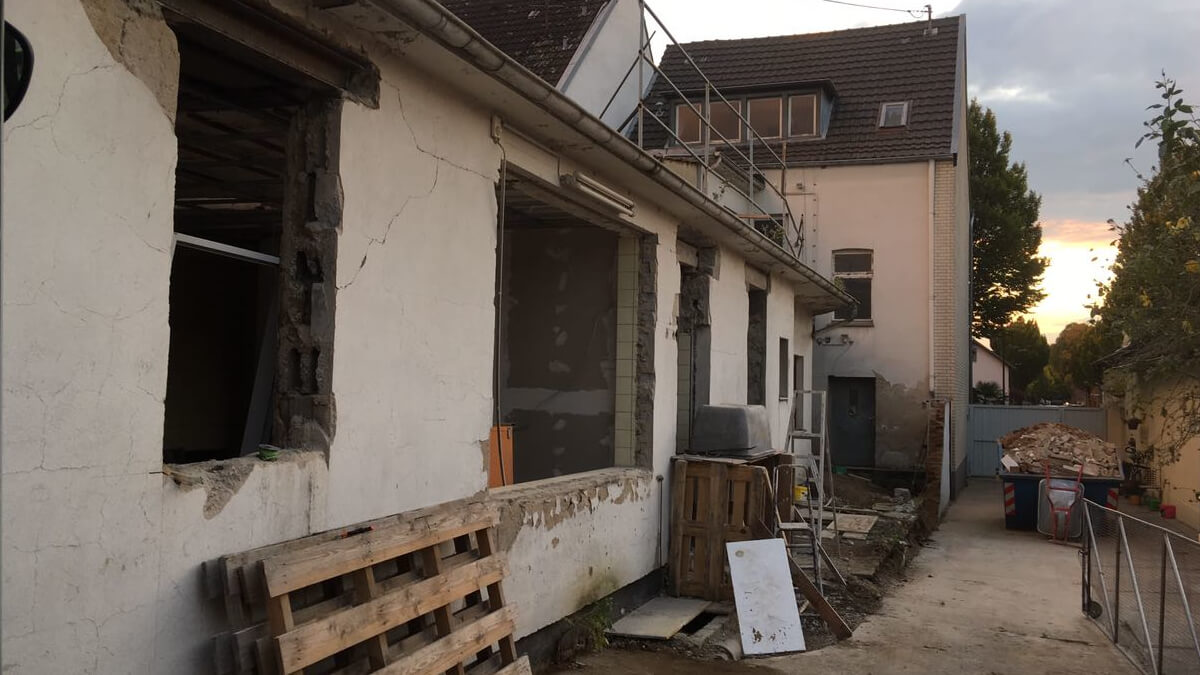 Architekt Umbau Sanierung Hof